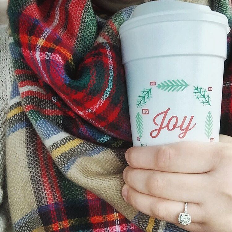 Definitely filled with SO MUCH JOY today after a hugely successful blog launch yesterday  I for sure earned this Snickerdoodle latte!  #latte #coffee #joy #blogger #blogging #newblogger #dunkindonuts #dunkin #scarf #blanketscarf #howyouglow #bosslife #bosslady #ladyboss #girlboss #girly #feminine #smallbusiness #lbloggers #abmhappylife #abmlifeissweet #tnchustler #mycreativebiz #sayyestosuccess #entrepreneur #entrepreneurlife